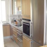 Cuisine-avec-facades-bois-et-aluminium-2-Image-Renov