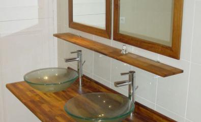 Rénovation d'une salle de bain avec double vasques