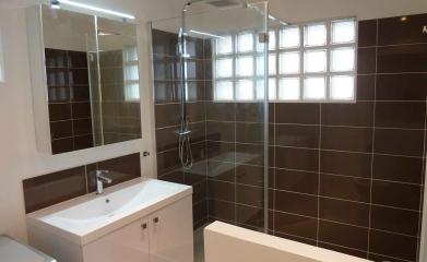 Rénovation d'une salle de bain à Beauchamp image 3