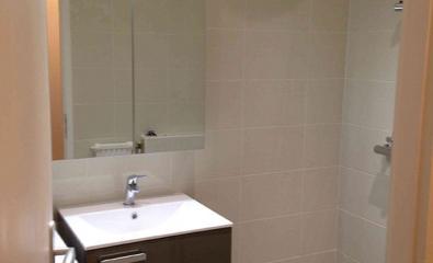 Transformation d'une salle de bains en salle de douche à Saint-leu-la-Forêt